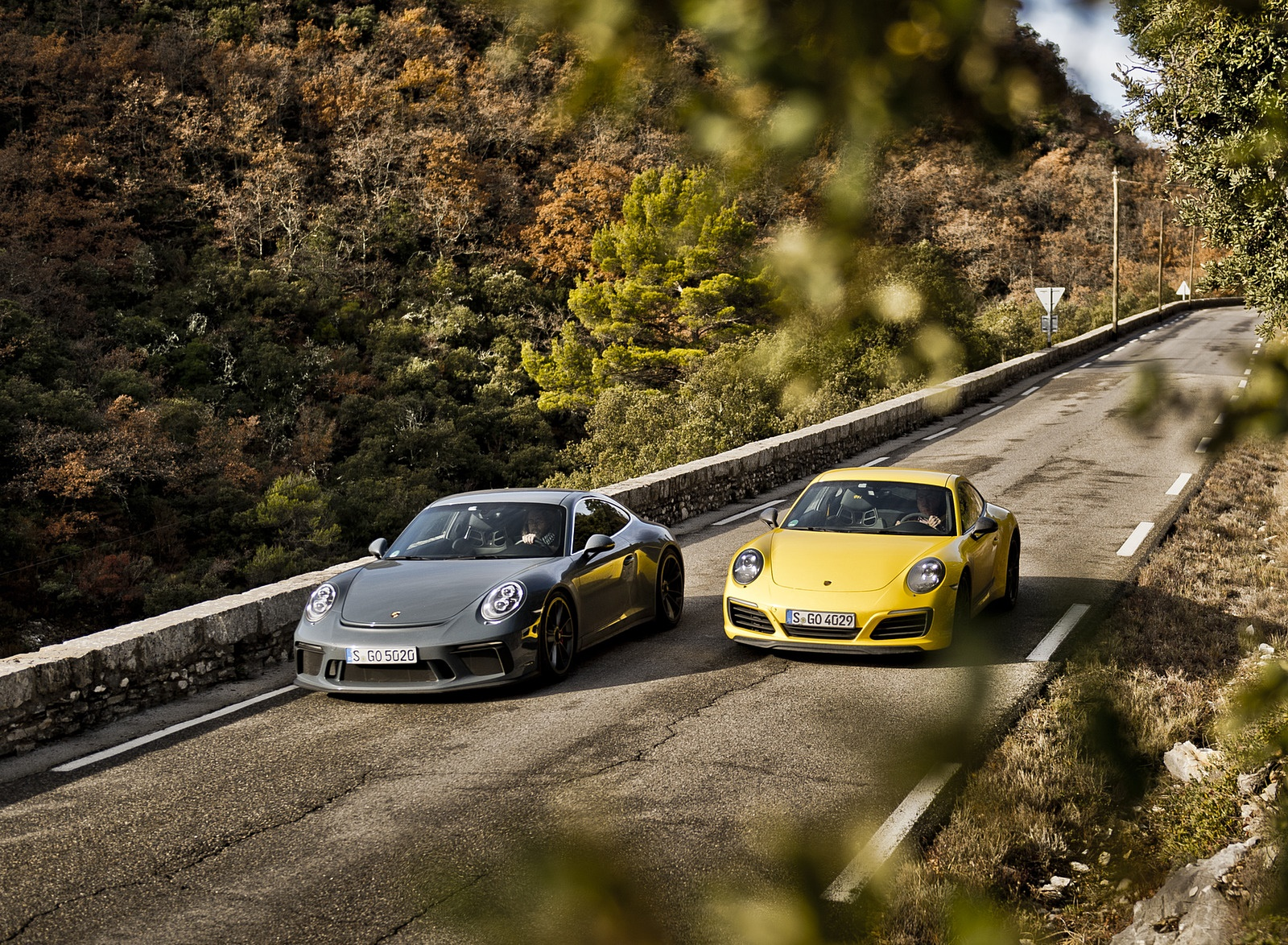 2018 Porsche 911 GT3 with Touring Package and 911 Carrera T Front Wallpapers (5)