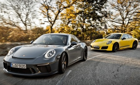 2018 Porsche 911 GT3 with Touring Package and 911 Carrera T Front Wallpaper 450x275 (9)