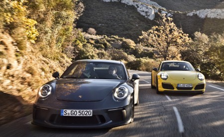 2018 Porsche 911 GT3 with Touring Package and 911 Carrera T Front Wallpaper 450x275 (2)