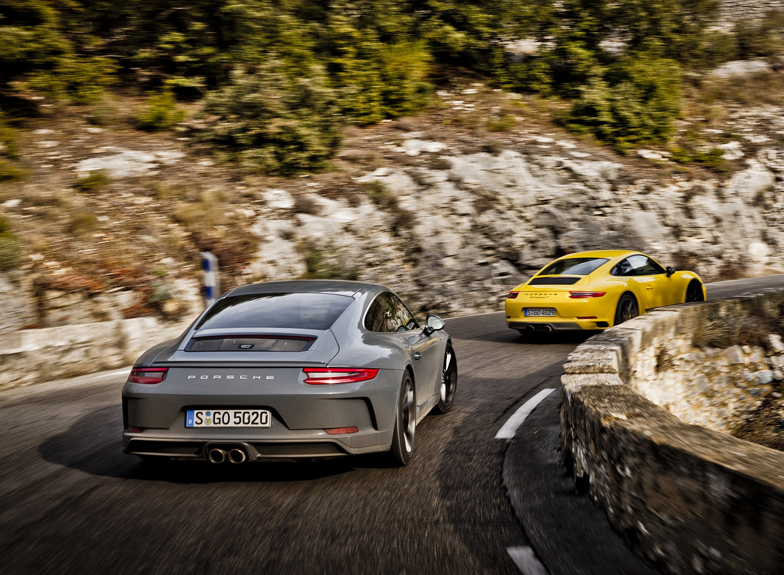 2018 Porsche 911 GT3 with Touring Package and 911 Carrera T Rear Wallpaper (10)
