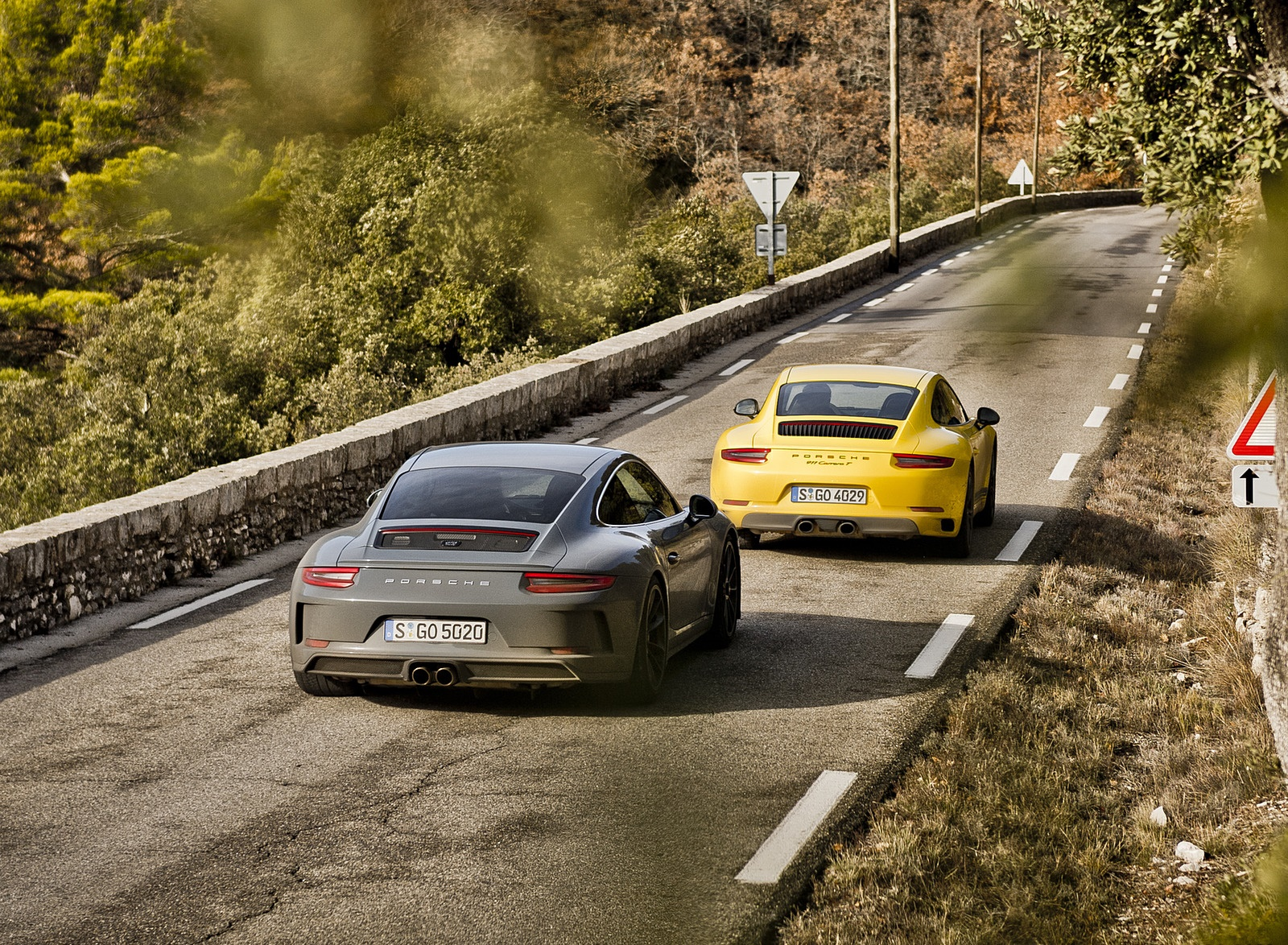 2018 Porsche 911 GT3 with Touring Package and 911 Carrera T Rear Wallpaper (11)