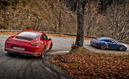 2018 Porsche 911 GT3 with Touring Package and 911 Carrera T Wallpaper 450x275 (29)