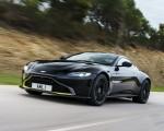 2019 Aston Martin Vantage (Onyx Black) Front Three-Quarter Wallpapers 150x120 (47)