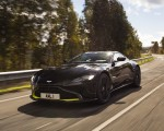 2019 Aston Martin Vantage (Onyx Black) Front Three-Quarter Wallpapers 150x120 (2)