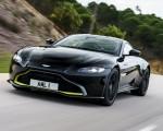 2019 Aston Martin Vantage (Onyx Black) Front Three-Quarter Wallpapers 150x120 (48)