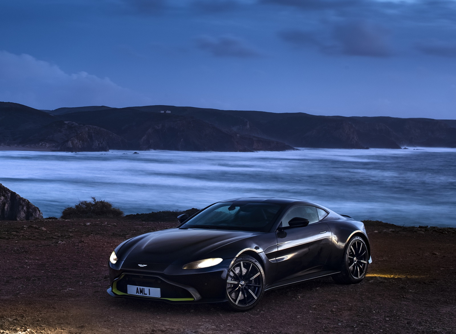 2019 Aston Martin Vantage Onyx Black Front Three Quarter Wallpapers 68 Newcarcars