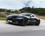 2019 Aston Martin Vantage (Onyx Black) Front Three-Quarter Wallpapers 150x120 (50)