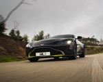 2019 Aston Martin Vantage (Onyx Black) Front Three-Quarter Wallpapers 150x120 (22)