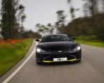 2019 Aston Martin Vantage (Onyx Black) Front Wallpapers 150x120 (15)