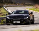 2019 Aston Martin Vantage (Onyx Black) Front Wallpaper 150x120 (10)