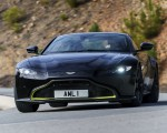2019 Aston Martin Vantage (Onyx Black) Front Wallpaper 150x120 (18)