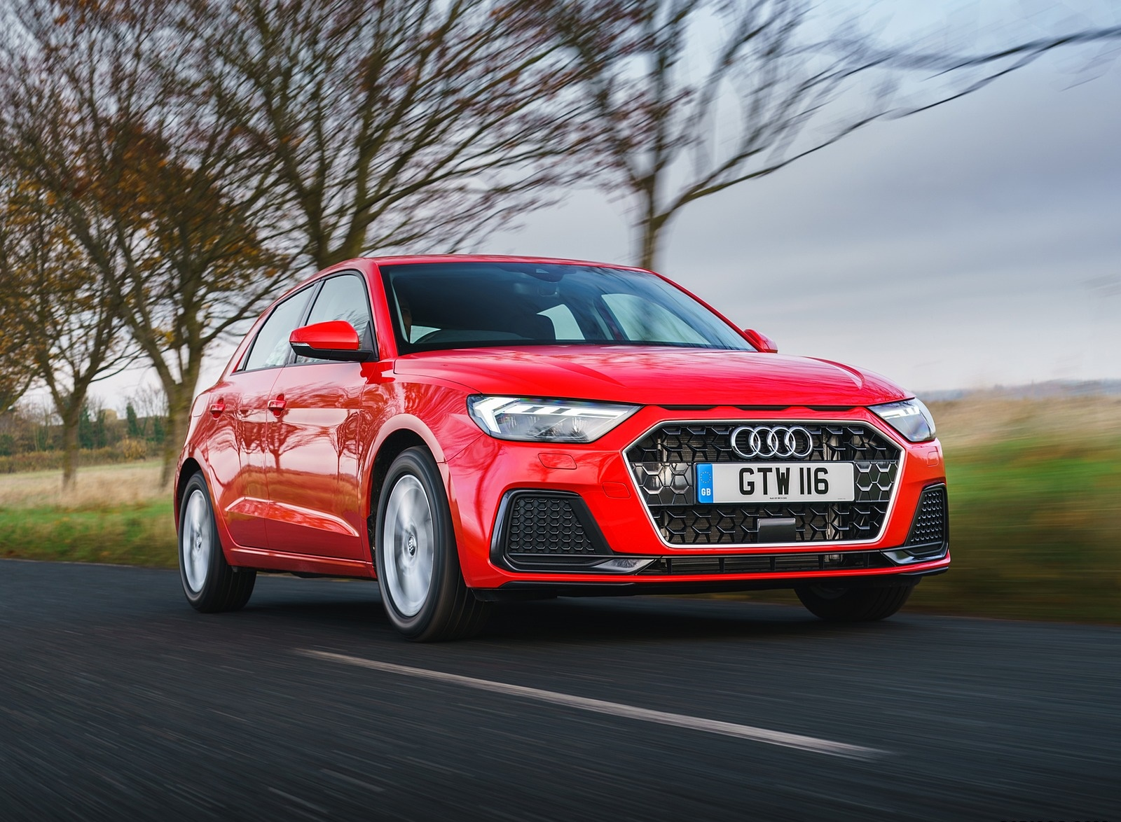 2019 Audi A1 Sportback 30 TFSI (UK-Spec) Front Three-Quarter Wallpapers (7)