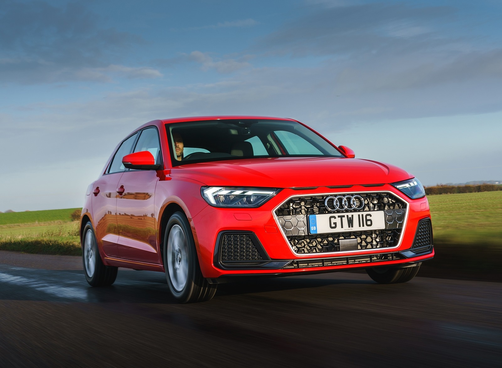 2019 Audi A1 Sportback 30 TFSI (UK-Spec) Front Three-Quarter Wallpapers (8)