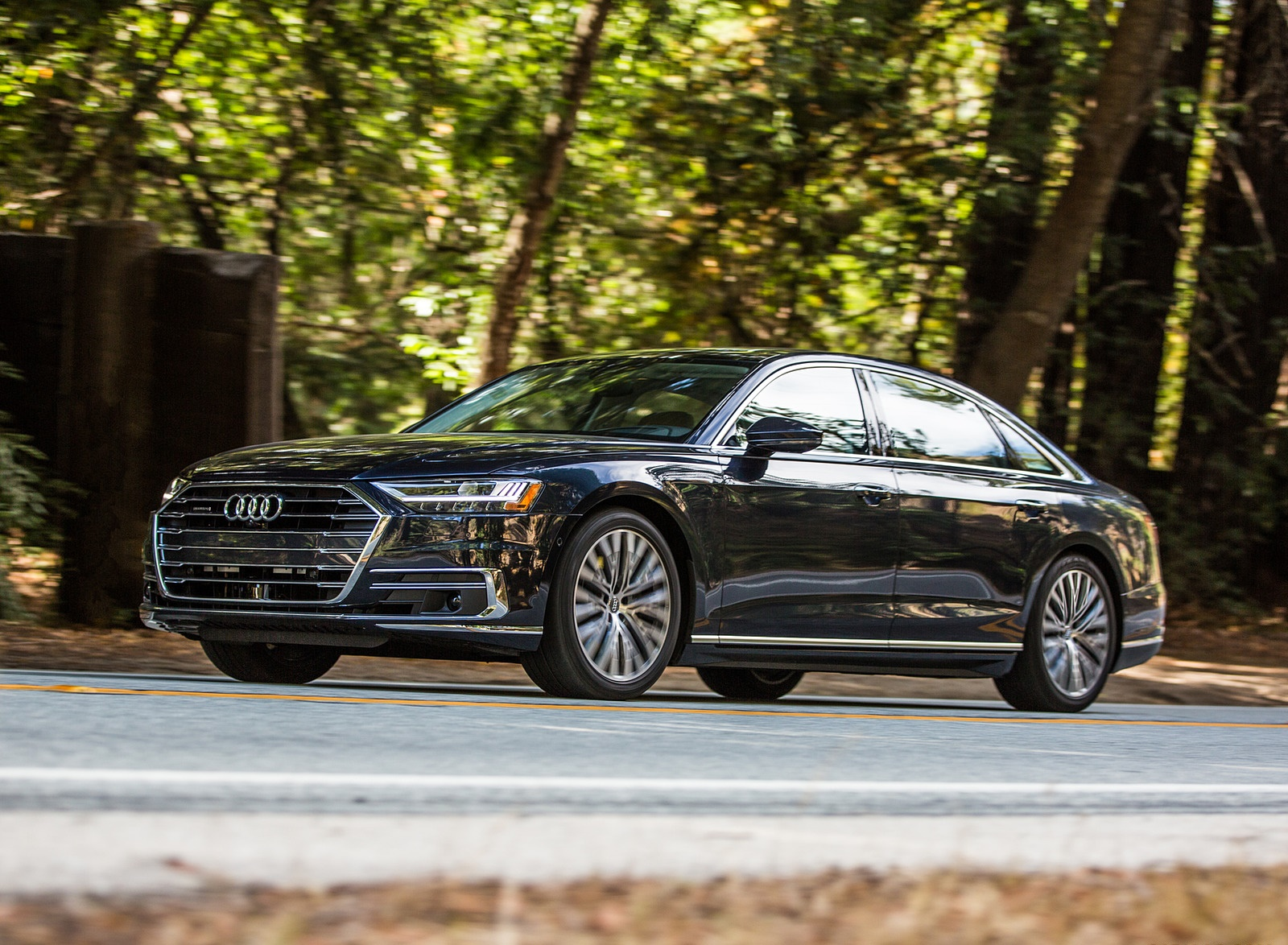 2019 Audi A8 (US-Spec) Front Three-Quarter Wallpapers (3)