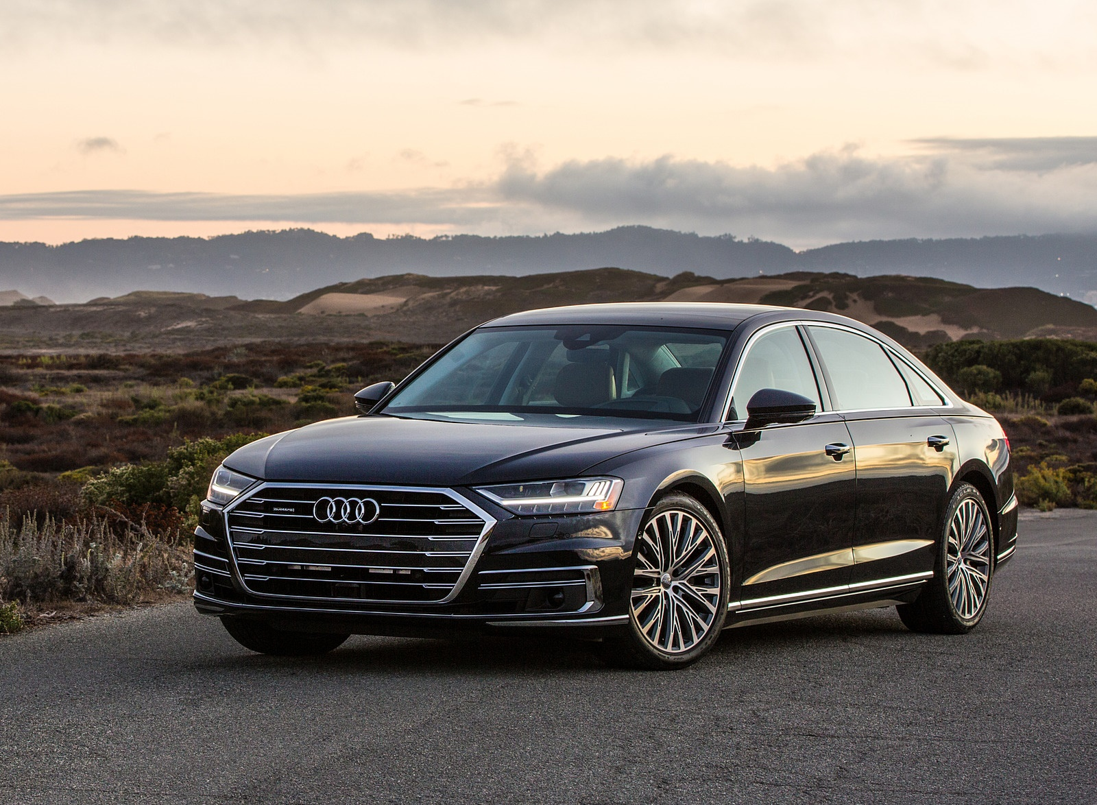 2019 Audi A8 (US-Spec) Front Three-Quarter Wallpapers (8)