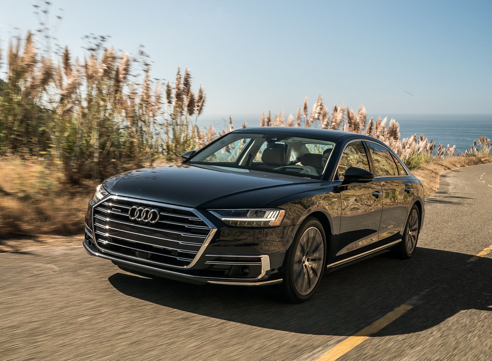 2019 Audi A8 (US-Spec) Front Three-Quarter Wallpapers (4)