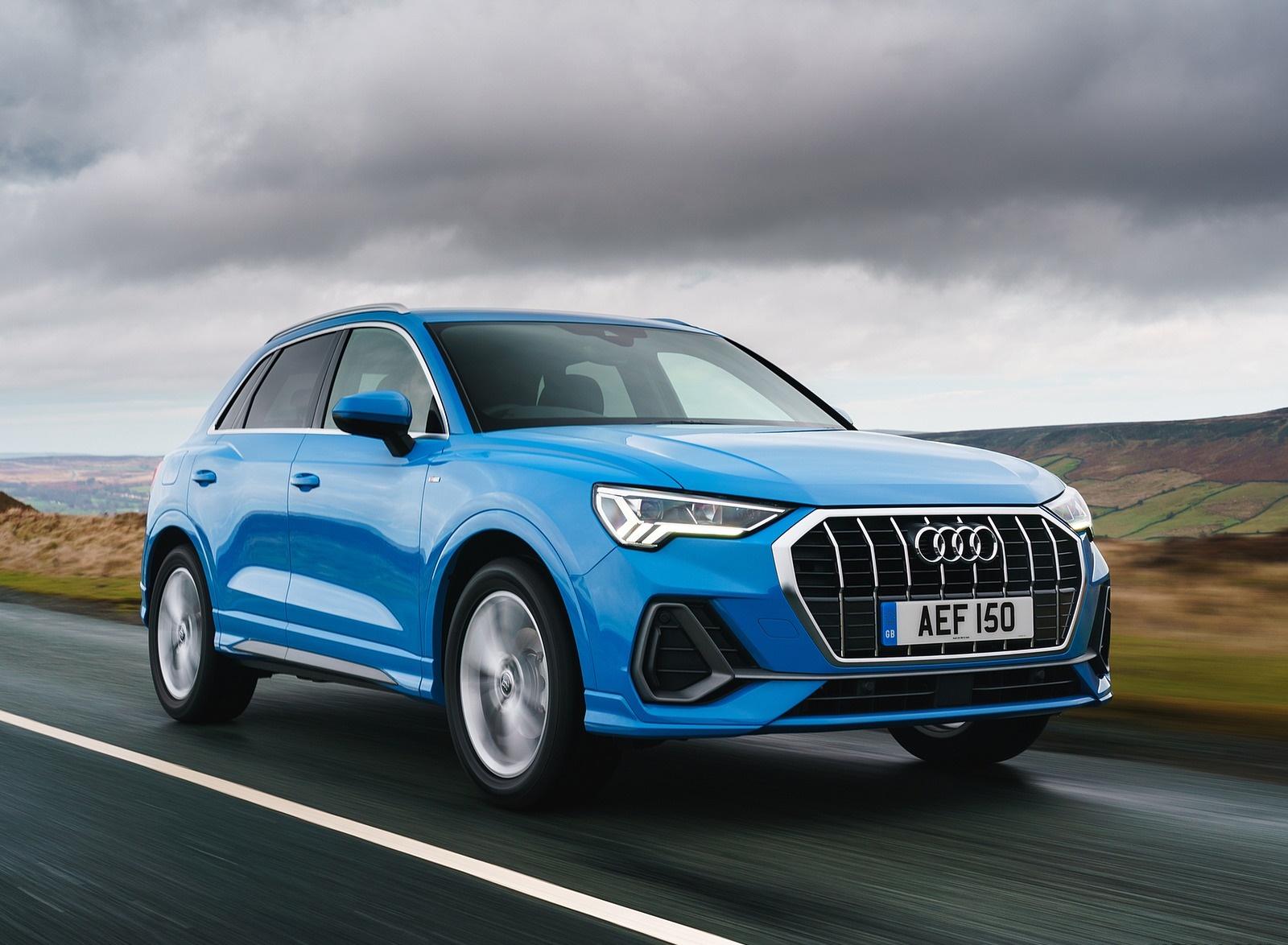 2019 Audi Q3 35 TFSI (UK-Spec) Front Three-Quarter Wallpaper (1)