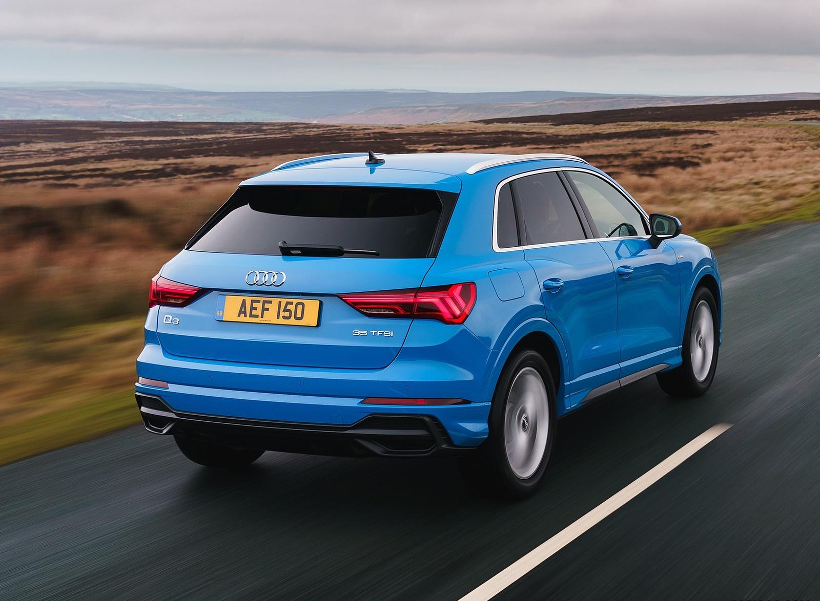 2019 Audi Q3 35 TFSI (UK-Spec) Rear Three-Quarter Wallpaper (6)