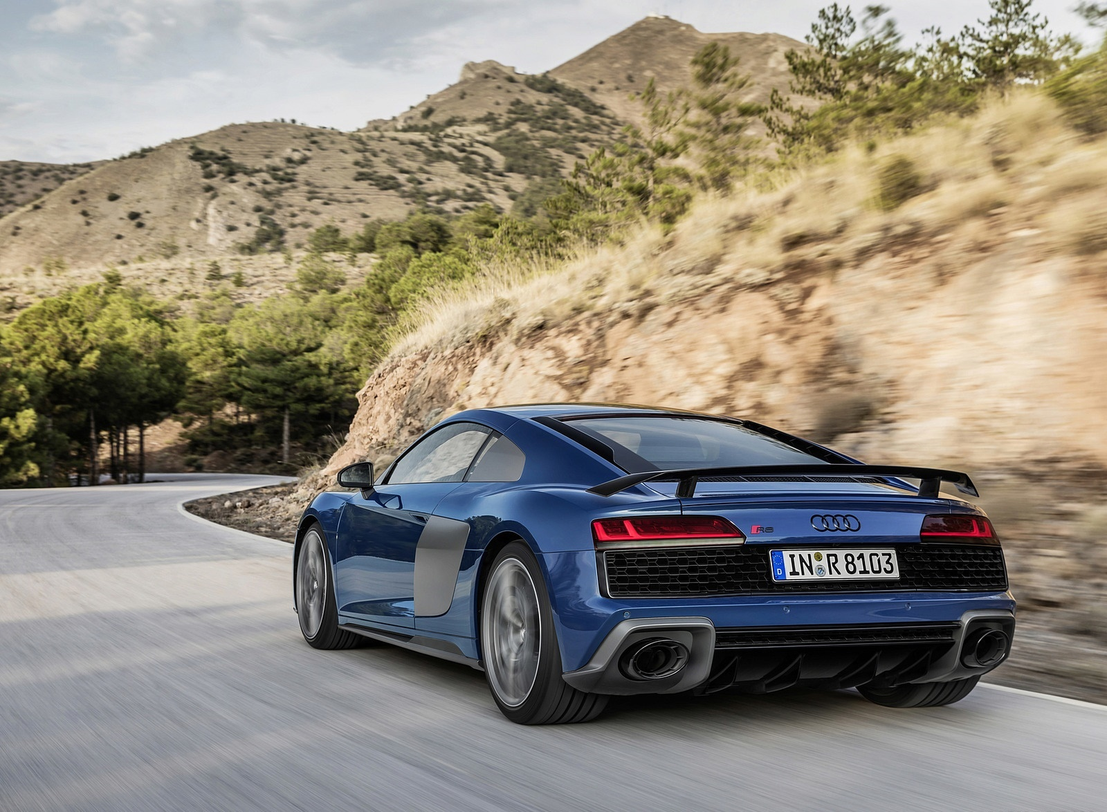 2019 Audi R8 (Color: Ascari Blue Metallic) Rear Three-Quarter Wallpaper (3)