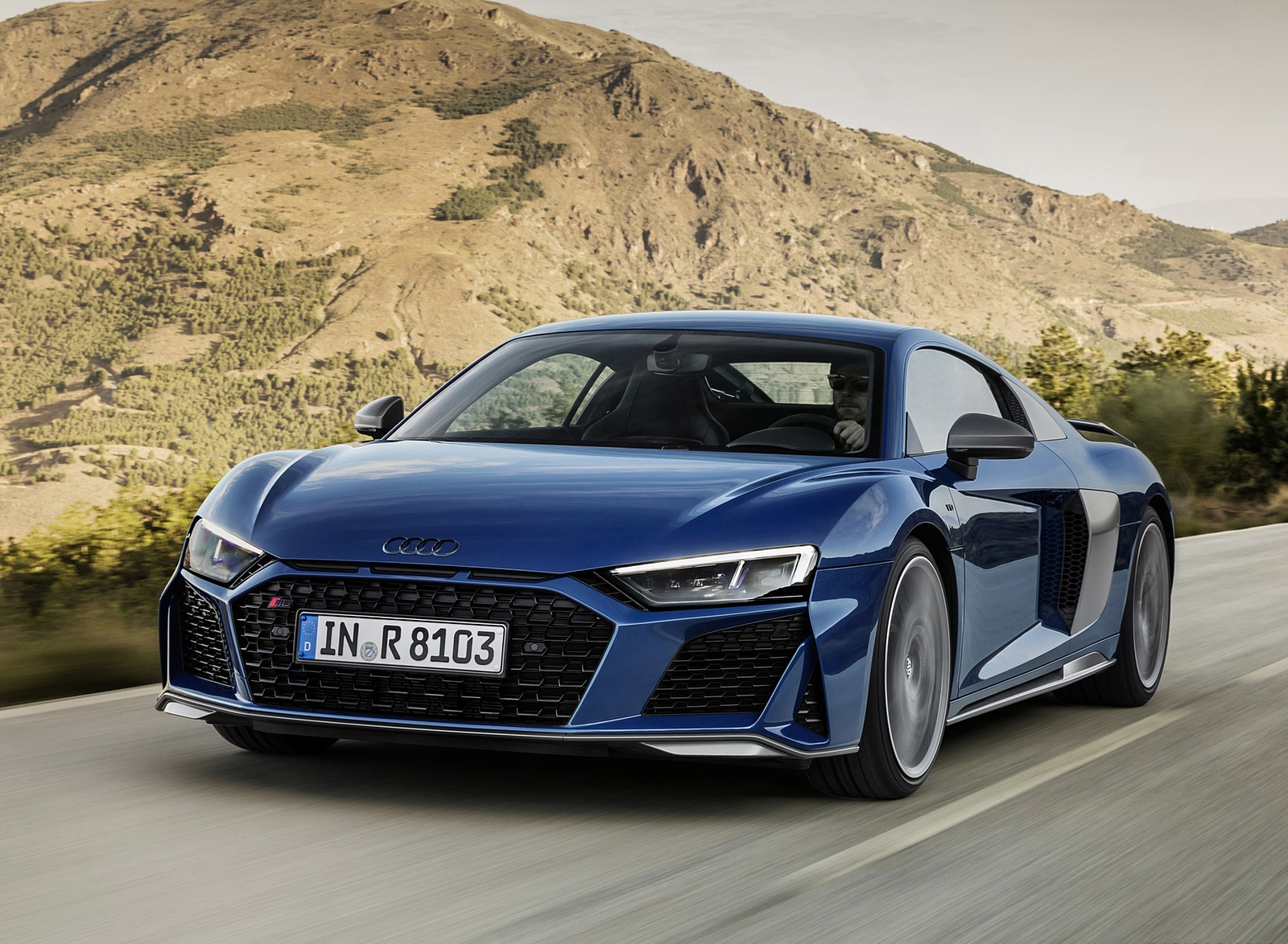 2019 Audi R8 Coupe (Color: Ascari Blue Metallic) Front Three-Quarter Wallpaper (4)