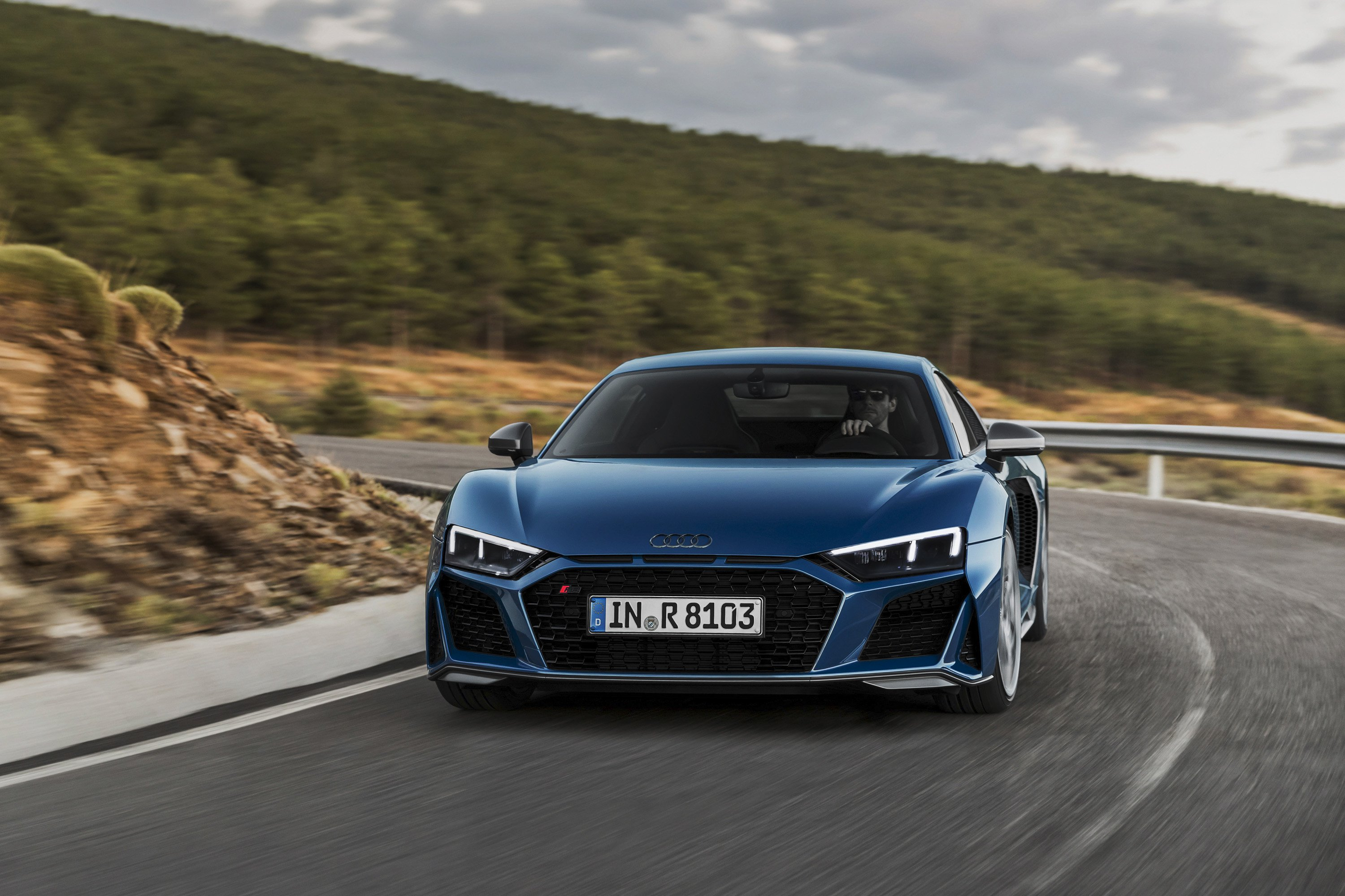 2019 Audi R8 Coupe (Color: Ascari Blue Metallic) Front Wallpaper (1)