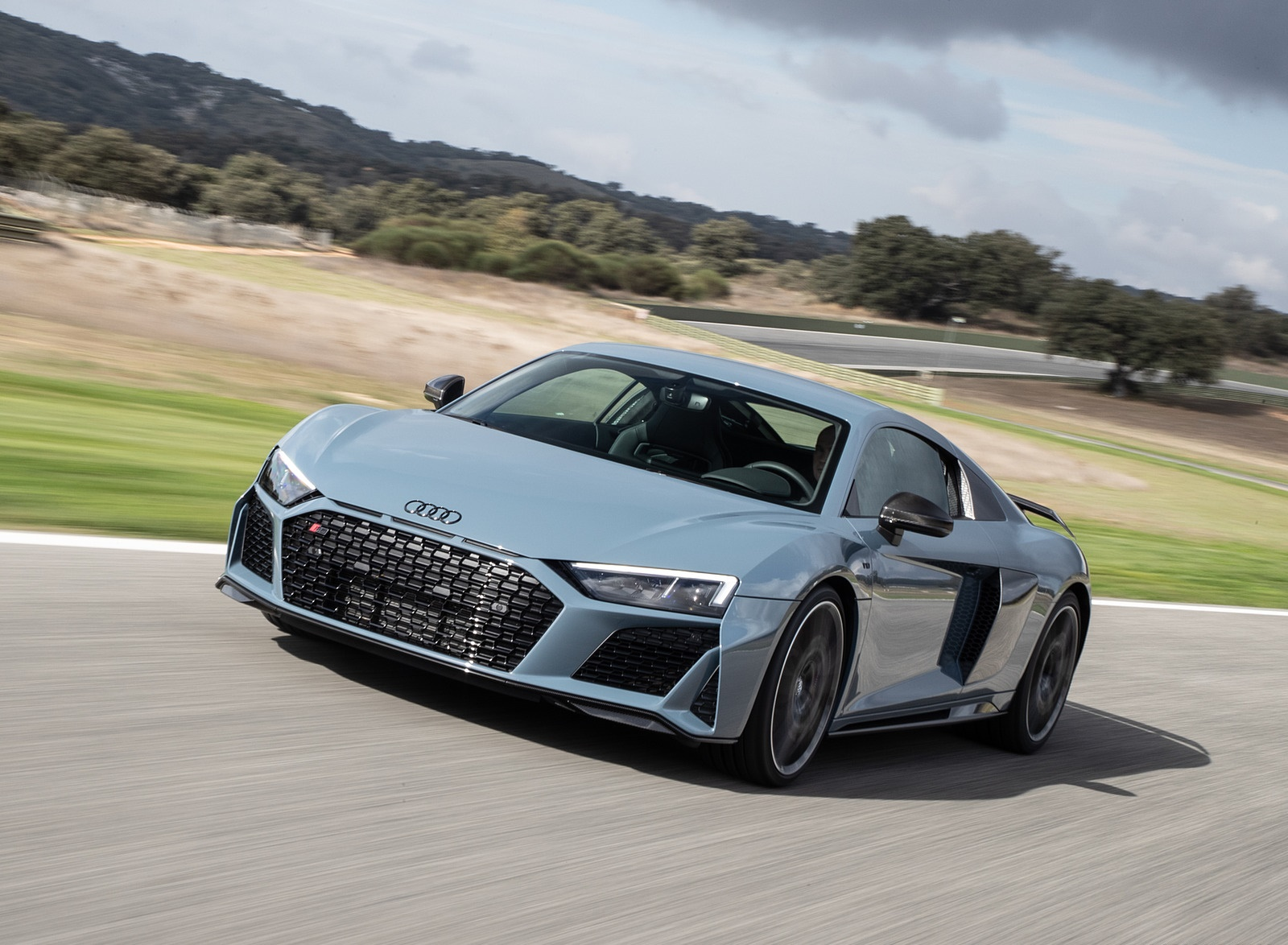 2019 Audi R8 V10 Coupe (Color: Kemora Gray Metallic) Front Three-Quarter Wallpaper (10)