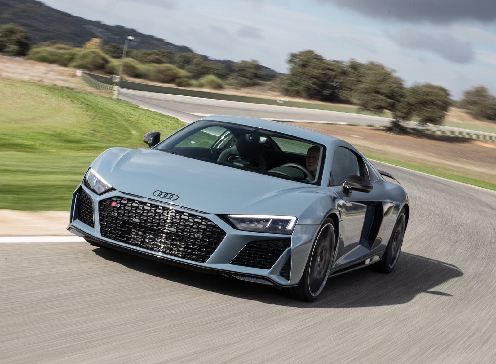 2019 Audi R8 V10 Coupe (Color: Kemora Gray Metallic) Front Wallpaper (12)