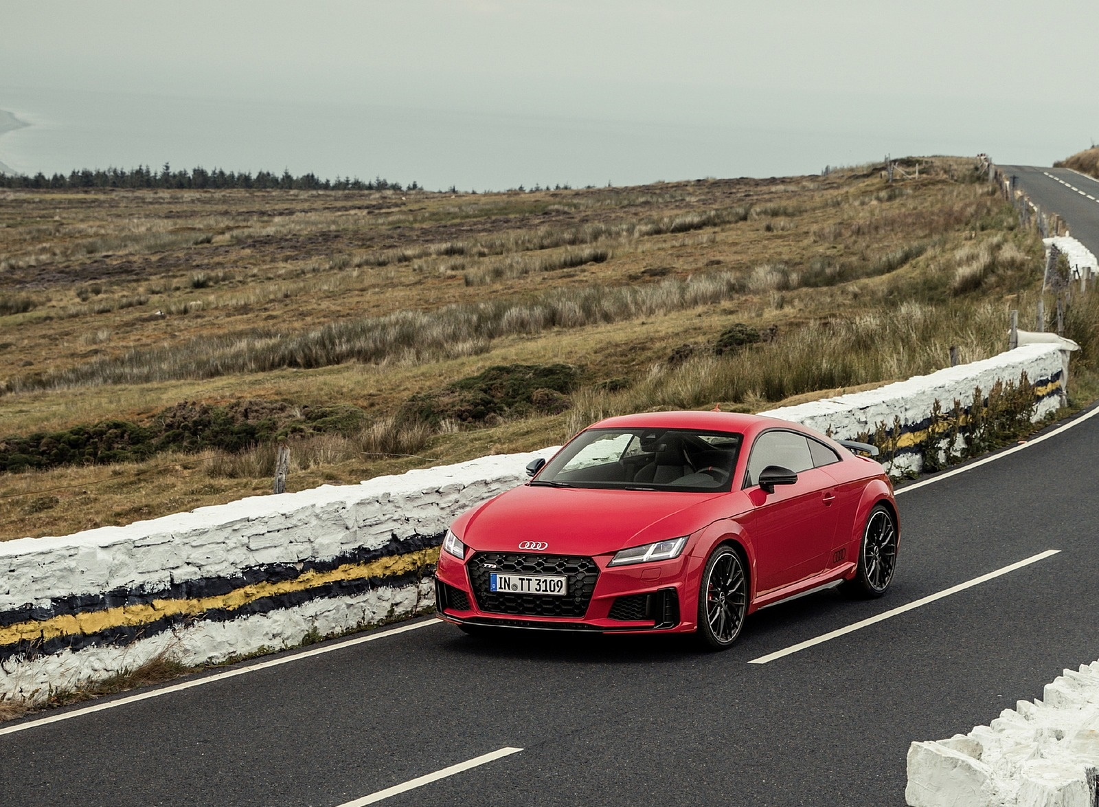 2019 Audi TTS Coupe Competition (Color: Tango Red) Front Three-Quarter Wallpapers (5)