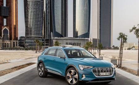 2019 Audi e-tron (Color: Antigua Blue) Front Three-Quarter Wallpaper 450x275 (96)