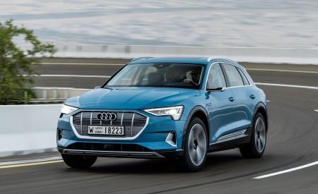 2019 Audi e-tron (Color: Antigua Blue) Front Three-Quarter Wallpaper 450x275 (78)