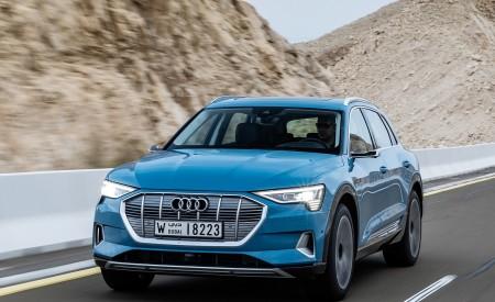 2019 Audi e-tron (Color: Antigua Blue) Front Three-Quarter Wallpaper 450x275 (66)