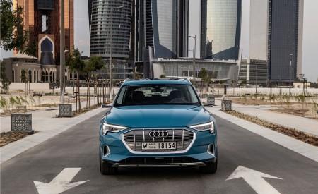 2019 Audi e-tron (Color: Antigua Blue) Front Wallpaper 450x275 (98)