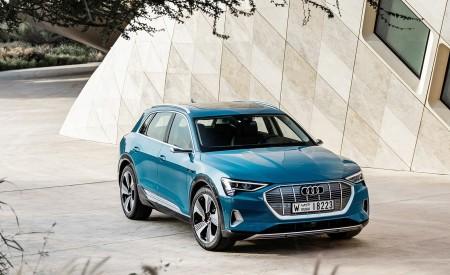 2019 Audi e-tron (Color: Antigua Blue) Front Wallpaper 450x275 (99)