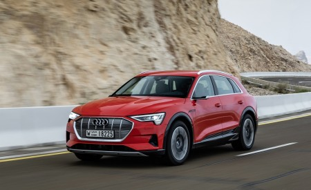2019 Audi e-tron (Color: Catalunya Red) Front Three-Quarter Wallpaper 450x275 (18)