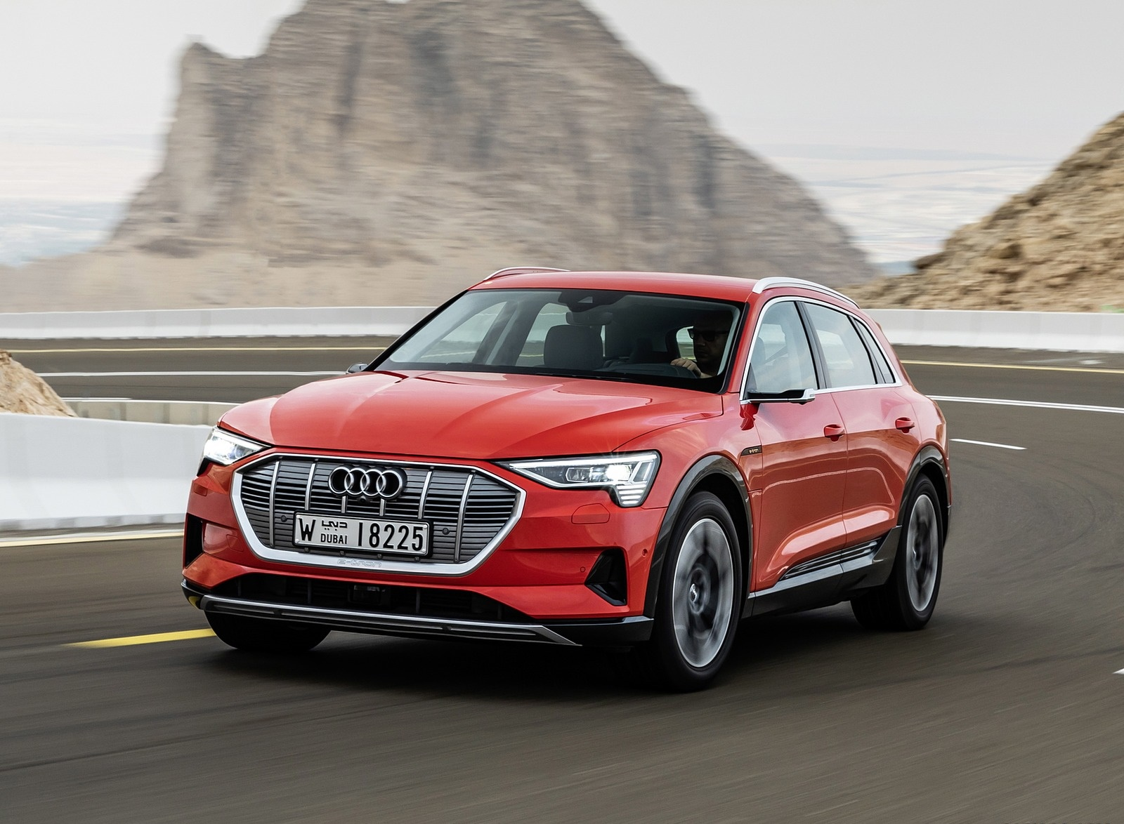 2019 Audi e-tron (Color: Catalunya Red) Front Wallpapers (10)