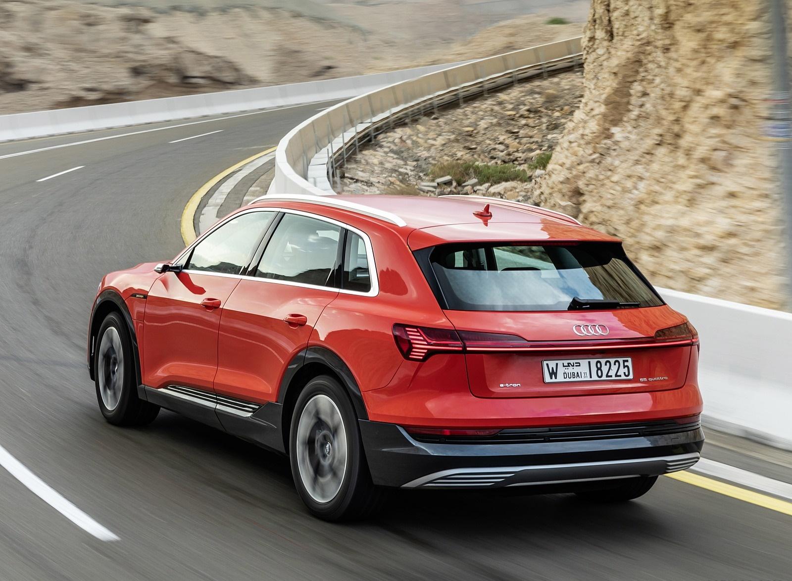 2019 Audi e-tron (Color: Catalunya Red) Rear Three-Quarter Wallpaper (11)
