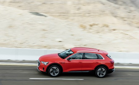 2019 Audi e-tron (Color: Catalunya Red) Side Wallpaper 450x275 (33)