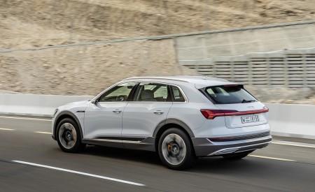 2019 Audi e-tron (Color: Glacier White) Rear Three-Quarter Wallpaper 450x275 (202)