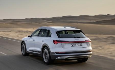 2019 Audi e-tron (Color: Glacier White) Rear Three-Quarter Wallpaper 450x275 (204)