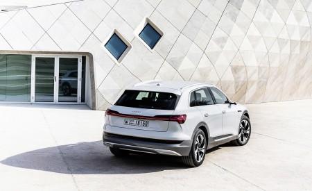 2019 Audi e-tron (Color: Glacier White) Rear Wallpaper 450x275 (219)