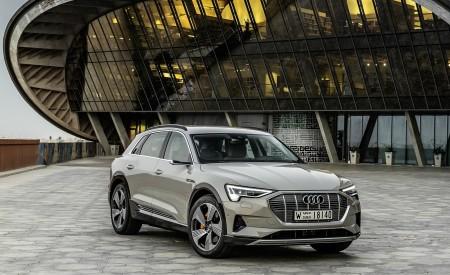 2019 Audi e-tron (Color: Siam Beige) Front Three-Quarter Wallpaper 450x275 (177)