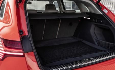 2019 Audi e-tron Trunk Wallpaper 450x275 (49)