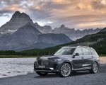 2019 BMW X7 (Color: Arctic Grey) Front Three-Quarter Wallpaper 150x120 (21)