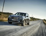 2019 BMW X7 (Color: Arctic Grey) Front Three-Quarter Wallpaper 150x120 (8)
