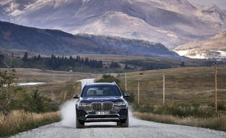 2019 BMW X7 (Color: Arctic Grey) Front Wallpaper 450x275 (3)