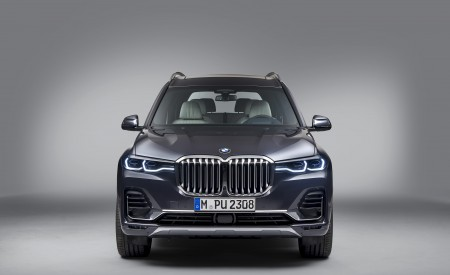 2019 BMW X7 Front Wallpaper 450x275 (35)