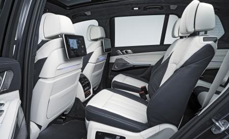 2019 BMW X7 Interior Rear Seats Wallpaper 450x275 (47)