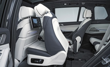 2019 BMW X7 Interior Rear Seats Wallpaper 450x275 (46)