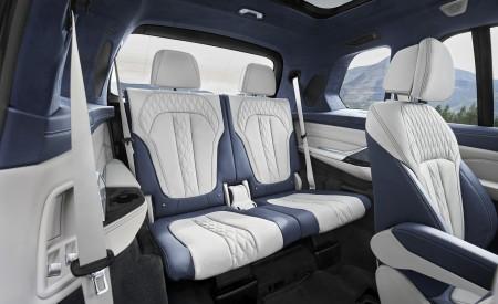 2019 BMW X7 Interior Third Row Seats Wallpaper 450x275 (59)