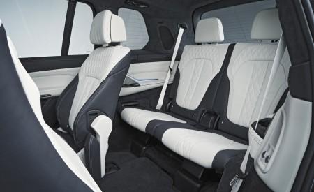2019 BMW X7 Interior Third Row Seats Wallpaper 450x275 (45)